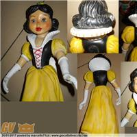 SNOW WHITE BIANCANEVE WALT DISNEY PRODUCTION LEDRAPLASTIC  RUBBER TOYS GIOCATTOLO TOY PUPAZZO IN GOMMA  POUET RUBBER TOY VINYL TOY VINTAGE SQUEAK T