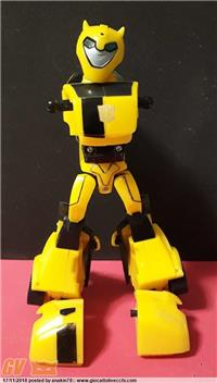 BUMBLEBEE DELUXE - TRANSFORMERS ANIMATED