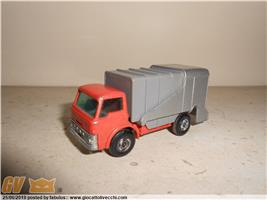 REFUSE TRUCK SERIES N.7 MATCHBOX MADE IN ENGLAND