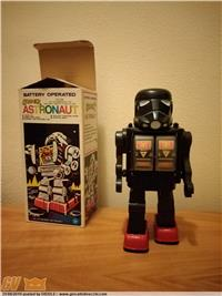 Robot battery operated astronaut Anni 80 ((star wars)